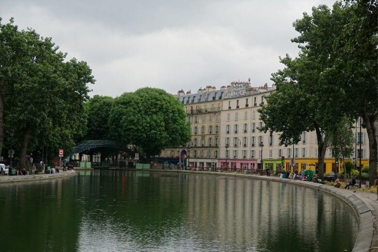 осушенный канал Париж